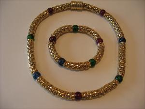 bracelet-necklace